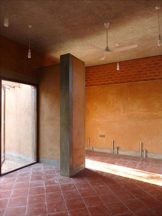 Community Kitchen, Pondicherry. Photograph by Jateen Lad.